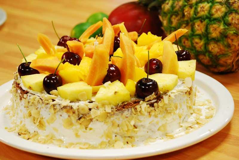ananaslı pasta tarifi oktay usta